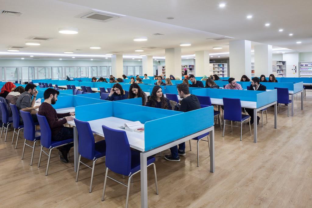 Biruni-Üniversitesi-36-1